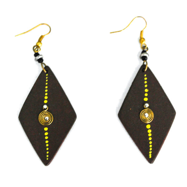 Wooden earrings - brown