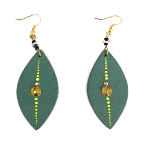 Wooden earrings - green