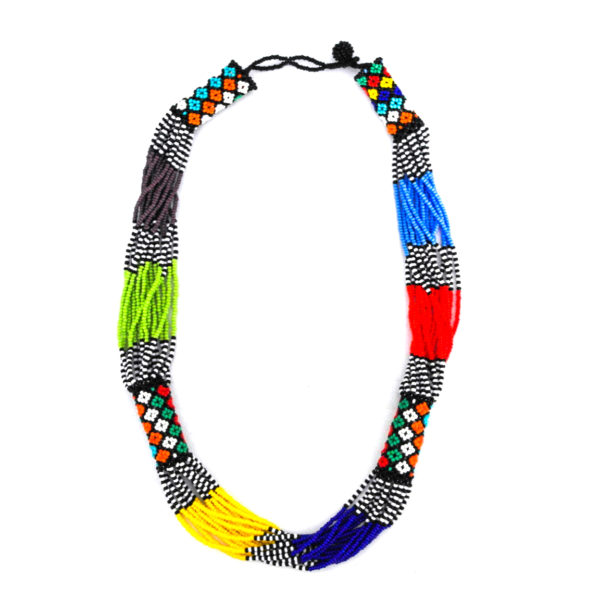 Short multicolored beaded necklace
