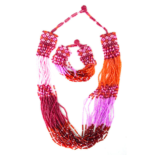 Beaded necklace and bracelet set - pink