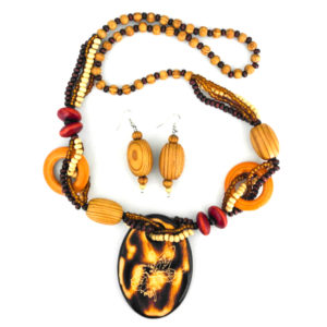 wooden earring and necklace set